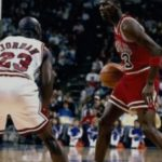 michael jordan guarding himself