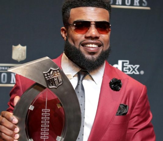 ezekiel Elliott dallas cowboys